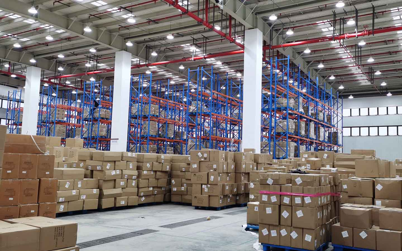 china warehouse 2